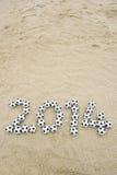 Fußball-Mitteilung 2014 auf Brasilien-Strand Lizenzfreie Stockfotografie