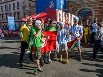 Fußballfane von Nigeria und von Argentinien am FIFA-Festival in S stockfotos