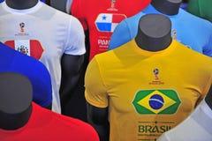 Fußballhemden in der offiziellen Fußball-Weltmeisterschaft Russland 2018 Lizenzfreie Stockbilder