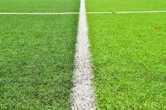 Fußballplatz in einem Stadion lizenzfreie stockfotografie