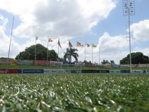 Fußballplatz für weltweite Konkurrenzen lizenzfreies stockfoto