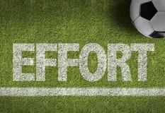 Fußballplatz mit dem Text: Bemühung Stockbilder