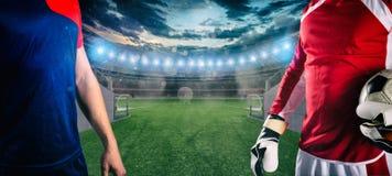 Fußballspieler bereiten vor, um am Ausgang des Umkleideraumtunnels am Stadion zu spielen lizenzfreie stockfotografie