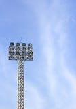 Fußballstadionscheinwerfer Lizenzfreie Stockfotografie