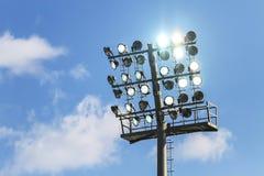Fußballstadionslichter stockfoto