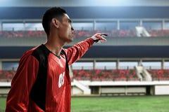 Fußballtorhüter auf den Feldern stockbilder