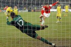 Fußballtorhüter-Strafabwehr Stockbilder