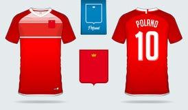 Fußballtrikot oder Fußballausrüstungsschablonendesign für nationales Fußballteam Polens Vordere und hintere Ansichtfußballuniform Lizenzfreie Stockfotografie