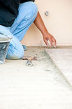Fußboden-Fliese-Einbau Stockfoto