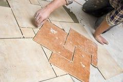 Fußbodenflieseeinbau Lizenzfreie Stockfotografie