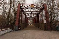 Fußbrücke beim Idaho Ann Frank Human Rights Memorial lizenzfreie stockfotografie