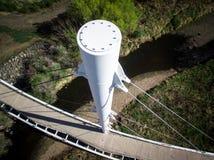 Fußbrückenmast in Arvada Stockfotos
