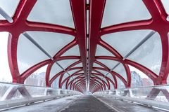 Fußgängerbrücke, Calgary, Alberta stockfotos