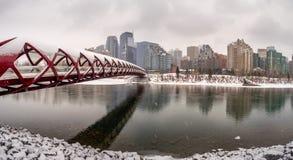Fußgängerbrücke, Calgary, Alberta stockfotografie