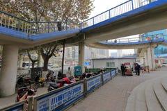 Fußgängerbrücke, luftgetrockneter Ziegelstein rgb Lizenzfreie Stockfotos