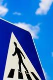 Fußgängerfußwegen-Zeichen Stockfoto