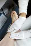 Fußsorgfalt - Massage - Reflexology Lizenzfreie Stockfotos