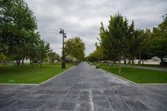Fußweg auf Baku-Boulevard Stockfotografie