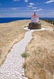 Fußweg zur portugiesischen Windmühle Stockfoto