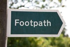 Fußwegen-Zeichen, Großbritannien Lizenzfreies Stockfoto