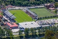 Fußballstadion an der Stadt Ruzomberok, Slowakei Lizenzfreie Stockfotos