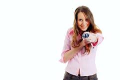 Fucilazione attraente della giovane donna con l'ombrello Fotografia Stock Libera da Diritti