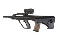 Fucile di assalto moderno isolato Fotografie Stock Libere da Diritti