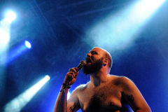 Fucked omhoog, hardcore punkband, presteert bij het Correcte 2013 Festival van Heineken Primavera Stock Fotografie