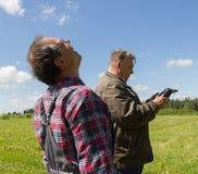 Fuco del lancio di due uomini Fotografie Stock