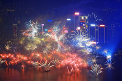 Fuego artificial de la ciudad de Hong-Kong Imagen de archivo libre de regalías