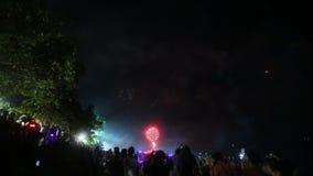 Fuego artificial en el cielo metrajes