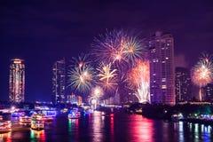 Fuego artificial en la ciudad de Bangkok Fotografía de archivo libre de regalías