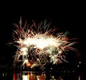 Fuego artificial hermoso Imagen de archivo libre de regalías