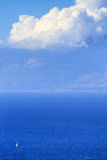 Fuego bajo de la escala de la isla de Zakynthos en volimes el 3 de julio de 2013, Grecia Imágenes de archivo libres de regalías