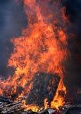 Fuego caliente grande. Imágenes de archivo libres de regalías