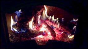 Fuego con la quema de las llamas metrajes