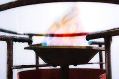 Fuego de la estufa de gas foto de archivo