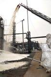 Fuego de la refinería Imagenes de archivo