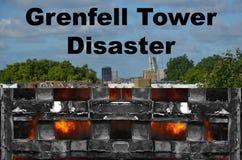 Fuego de la torre de Grenfell imagenes de archivo