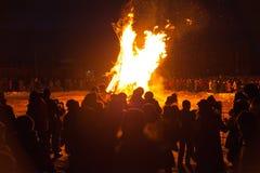 Fuego de limpiamiento antes del Año Nuevo del este Imágenes de archivo libres de regalías