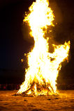 Fuego de limpiamiento antes del Año Nuevo oriental Imágenes de archivo libres de regalías
