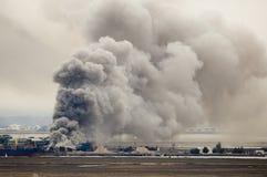 Fuego en el acceso fotos de archivo libres de regalías