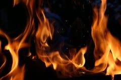 Fuego en la noche Imagen de archivo libre de regalías