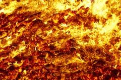 Fuego Material incandescente del volc?n Hoguera caliente del carb?n de le?a Emisiones de carbono fotografía de archivo