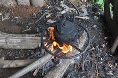 Fuego que acampa Fotografía de archivo