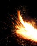 Fuego que chispea Foto de archivo libre de regalías