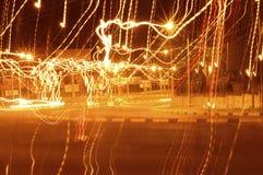 Fuego que hace girar con las lanas de acero Imagenes de archivo