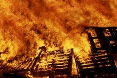 Fuego que rabia imágenes de archivo libres de regalías
