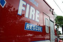 Fuego y ambulancia del rescate