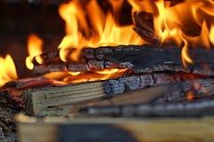 Fuego y ascua 2 imagen de archivo libre de regalías